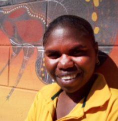 Rhiannon Edwards Pormpuraaw Artist